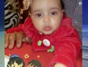 Bebê morreu após tomar mamadeira com produto de limpeza, que avó confundiu com suco de uva. Foto: Reprodução de TV