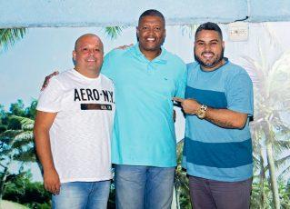 Átila renova com Acadêmicos do Sossego. Foto: Diego Volkenandt Lopes