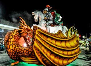 Alegoria Império Serrano. Foto: Reprodução de Internet