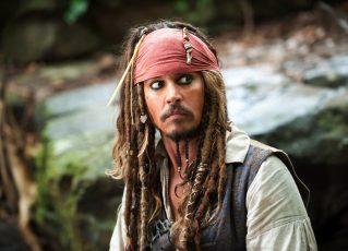 """Johnny Depp, como Jack Sparrow, em """"Piratas do Caribe"""". Foto: Divulgação"""