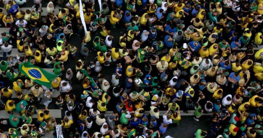 Manifestação popular. Foto: Reprodução de Internet