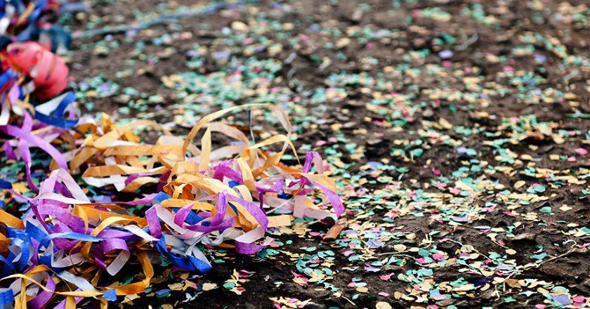 Confete e serpentina. Foto: Reprodução de Internet