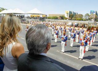 Michel Temer e Marcela Temer no desfile de 7 de setembro em Brasília. Foto: Agência Brasil