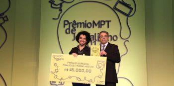 Jornalista Marcio Anastacio leva Prêmio MPT de Jornalismo 2017 pelo SRzd. Foto: Reprodução/Facebook