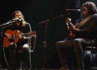 Tiago Iorc e Milton Nascimento em show no Tom Brasil | Foto: Nyldo Moreira