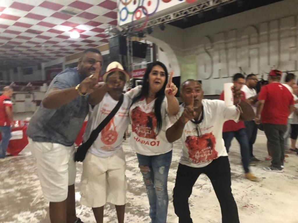 Regina Celi comemora a reeleição no Salgueiro. Foto: Max Gomes/SRzd
