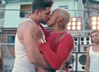 Nego do Borel beija homem em novo clipe. Foto: Reprodução/Youtube