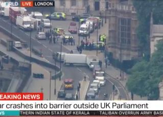 Carro atropela pedestres em Londres. Foto: Reprodução/Televisão