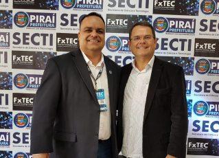 Secretário Charles Barizon e Sidney Rezende. Foto: Alexandre Teixeira