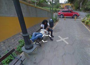 Mulher traindo o marido é descoberta por conta do Google Street View. Foto: Reprodução de Internet