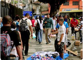 Ambulantes na Central do Brasil. Foto: Internet