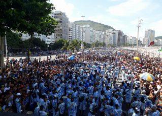Ensaio da Beija-Flor em Copacabana. Foto: SRzd/Suelen Martins
