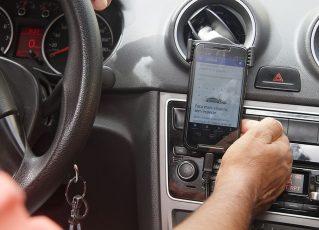 Motorista do aplicativo Uber. Foto: Reprodução