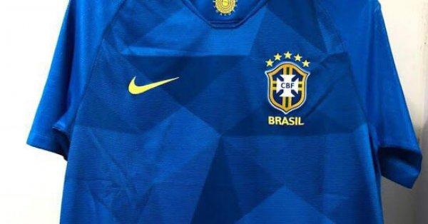 Suposta camisa azul do Brasil para Copa 2018 vaza na net. Foto  Reprodução 1ac79704b7ba4