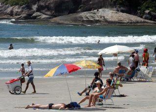 Praia no Paraná. Foto: SECS
