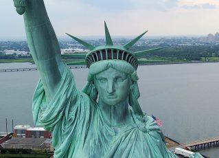 Estátua da Liberdade, nos Estados Unidos. Foto: Kevin P. Coughlin / Gabinete do Governador Andrew M. Cuomo