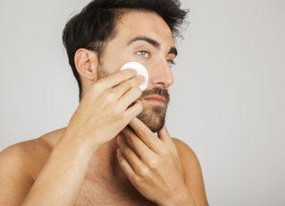 Maquiagem masculina, cuidados na pele. Foto: Freepik