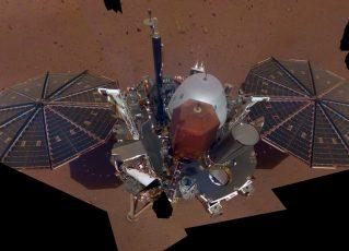 """Sonda InSight faz """"selfie"""" em Marte. Foto: Reprodução/Nasa"""