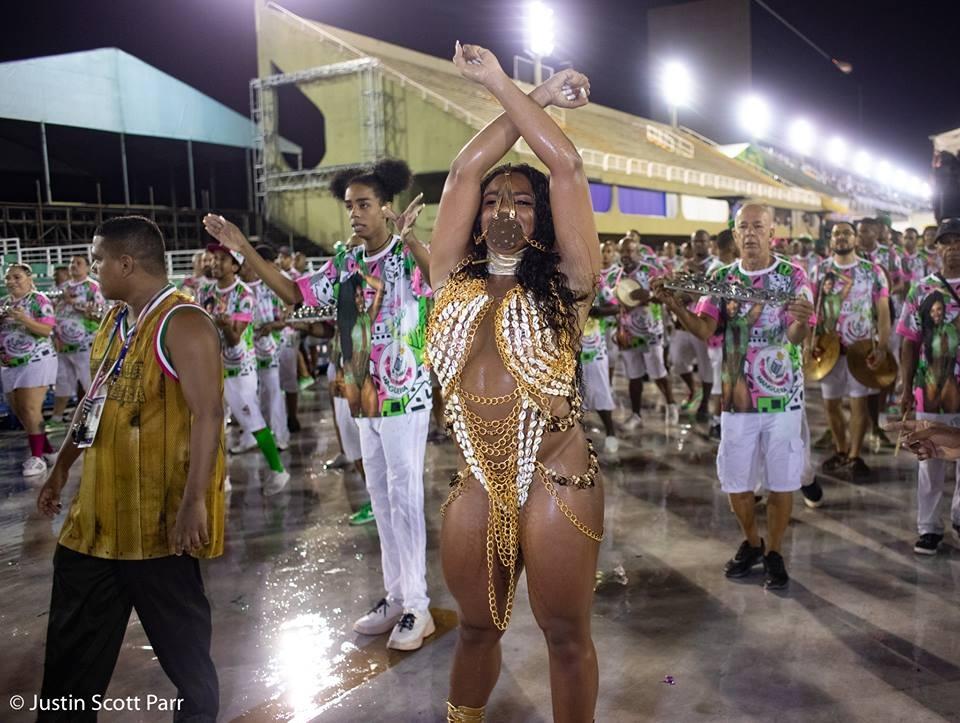 Rainha de bateria da Mangueira, Evelyn Bastos, no ensaio técnico 2019. Foto: Justin Scott Parr