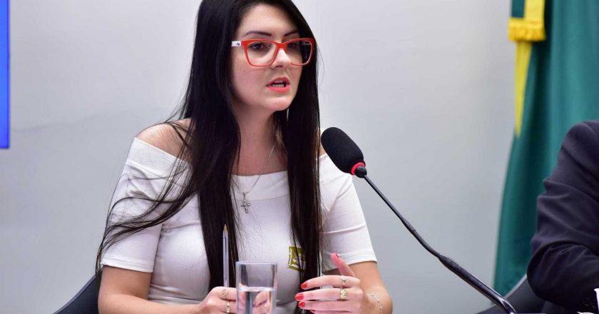 Dep. Estadual Ana Campagnolo excluiu o seu perfil do Twitter