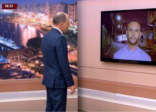 Repórter da Record TV fala com apresentador antes de ser ameaçado de morte. Foto: Reprodução de TV