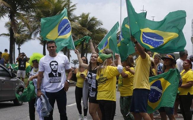Grupo de apoiadores ao presidente Jair Bolsonaro. Foto: Tânia Regô/Agência Brasil