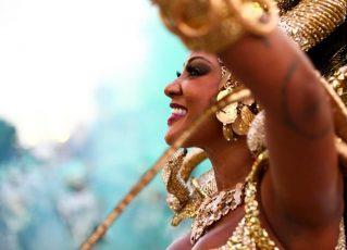 Camila Silva, rainha de bateria da Vai-Vai e da Mocidade Independente de Padre Miguel – Foto: Acervo Pessoal/Camila Silva