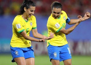 Marta se torna a maior artilheira dos Mundiais. Foto: CBF