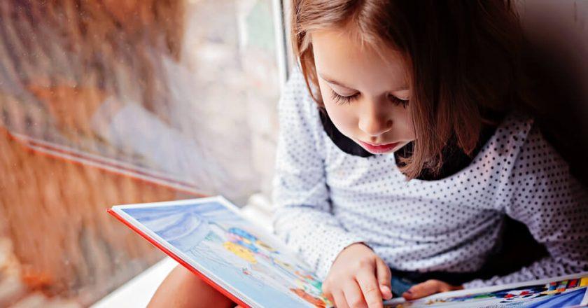 Leitura na primeira infância. Foto: Reprodução de Internet