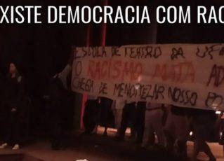 Estudantes invadem peça teatral e acusam de racismo. Foto: Reprodução de Internet