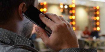 Ligação telefônica. Foto: Reprodução de Internet