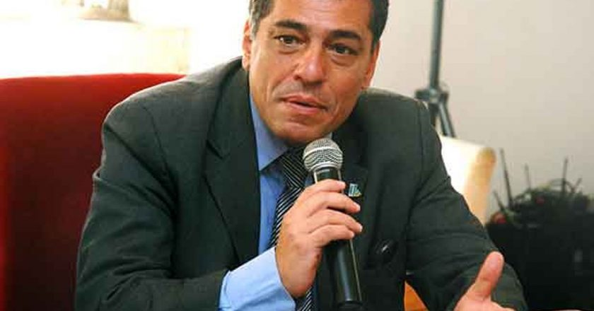 Júlio Bueno, quando era secretário de Fazenda do RJ — Foto: Érica Ramalho / Alerj / Divulgação