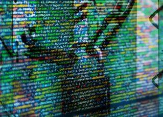 Mensagens hackeadas. Foto: Reprodução de Internet