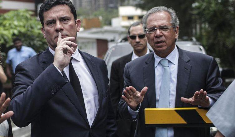Sergio Moro e Paulo Guedes. Foto: Antonio Lacerda/Agência Brasil