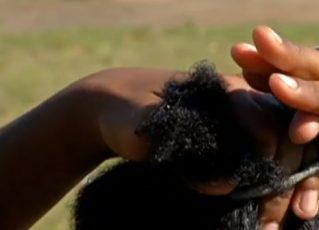 Cinco mulheres são processadas por cortar à força cabelo de menina negra. Foto: Reprodução de Internet