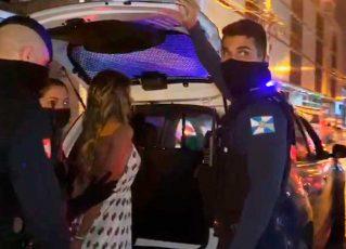 Bailarina do Faustão é presa após confusão em suposta festa clandestina. Foto: Reprodução de Internet