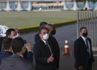 Jair Bolsonaro no Palácio da Alvorada. Foto: Marcello Casal Jr/Agência Brasil